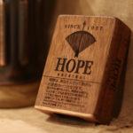 【リアルウッドのスマホケース製作します】オシャレな木製スマホケース特集